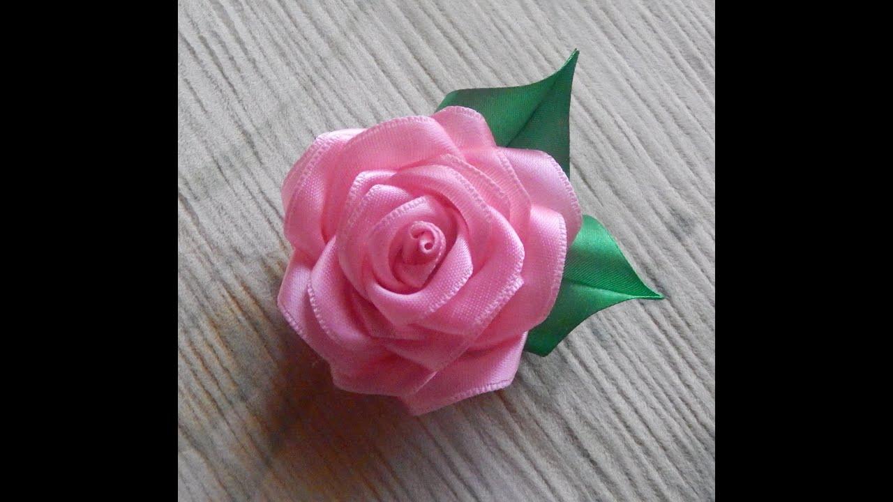 Розы из атласных лент мк