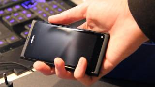 Nokia N9 Unboxing & Review First Hands-On! First Impressions & Look! (HD) Part 1
