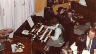 Brian Sharp - Kawai T5 - Hello Dolly, Cest Magnifique, Honeysuckle Rose, Sweet Georgia Brown (1978)