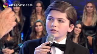 """Download Martín de 12 años cantó """"Caruso"""" y conmovió a todo el piso Mp3 and Videos"""
