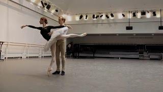 Iana Salenko and Steven McRae rehearse Swan Lake (The Royal Ballet)
