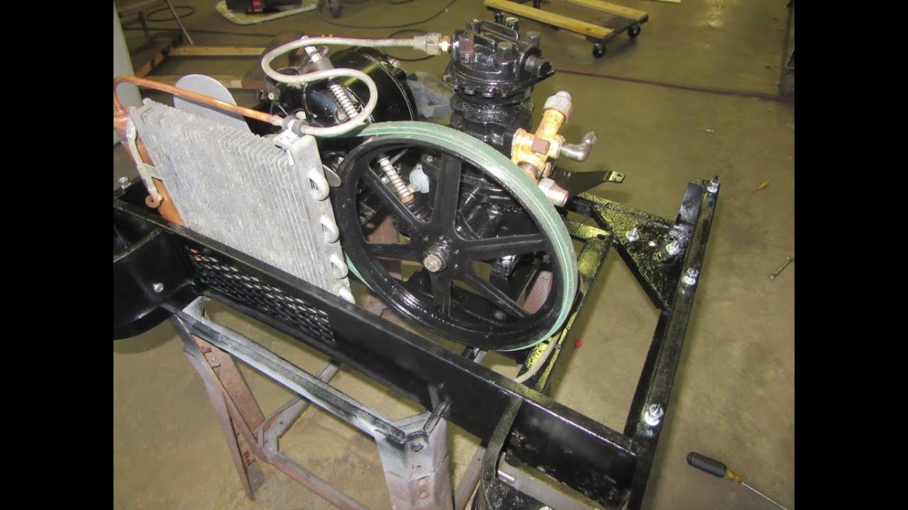 Download Heintz Gullwing Pepsi 'double dot' cooler - 2 - New condensing unit going together!