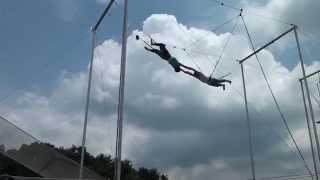 空中ブランコ キャッチに挑戦しました。