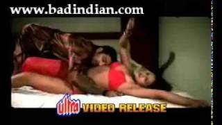 YouTube          very hot and sexy song from a b grade movie