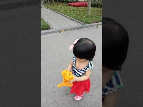 Chíp tại Công viên Nghĩa Đô ngày Giỗ tổ Hùng Vương