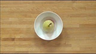 Technique de cuisine : pocher des fruits