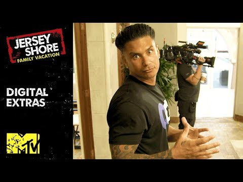 Pauly D's Inside Look At The Miami Mansion 💪   Jersey Shore: Family Vacation   MTV