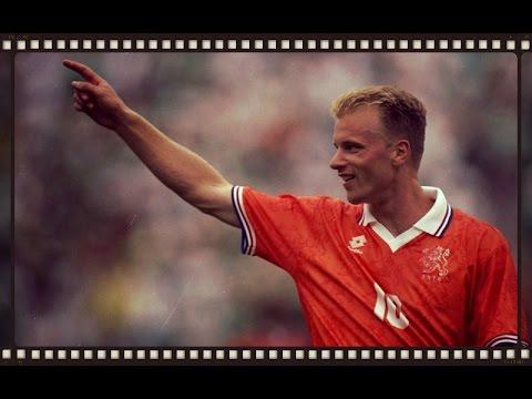 Dennis Bergkamp - 37 goals for Netherlands (1990 - 2000)