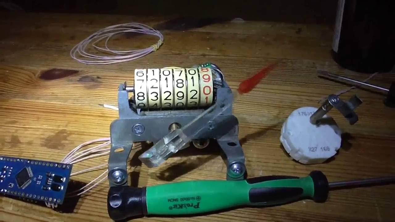 GAZ 21 speedometer gauge stepper motor X27 168 YouTube