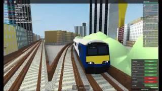 A PURPLE CLASS 321 DUSTBIN TRAIN! (mind the gap roblox new bus part 5) Ep2