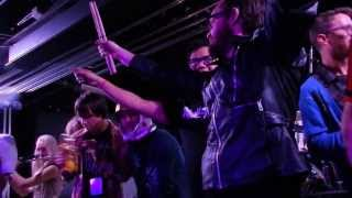 Ozma performing Friends Of P with Ash and members of The Cribs on T...