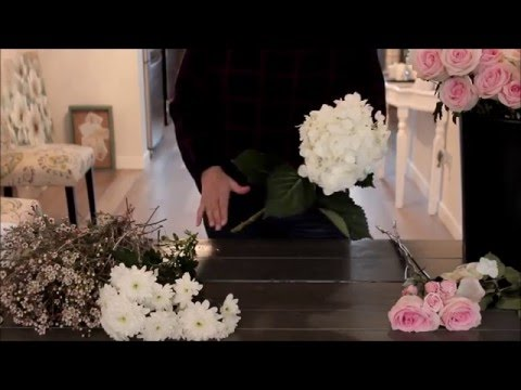 how-to-make-a-rose-and-hydrangea-bridal-bouquet