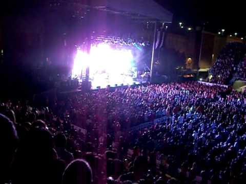 pitbull concert in las vegas