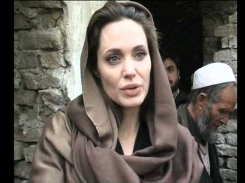 MaximsNewsPEOPLE: ANGELINA JOLIE & AFGHANISTAN REFUGEES (UNHCR)