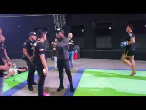 Buakaw backstage at Enfusion Abu DHabi event 08 12 2017