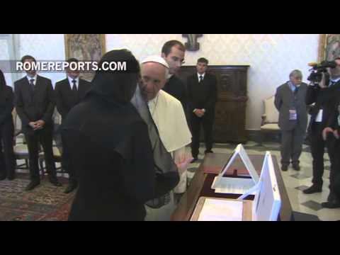The Pope offers an elegant apology to the president of Croatia