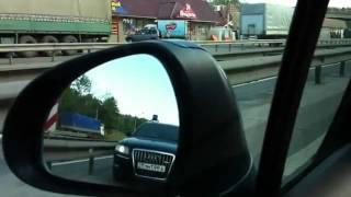 Как авто Чубайса расталкивает машины(http://vnssr.my1.ru/news/sinie_vederki_objavili_vojnu_chubajsu/2011-06-06-2241 Объявленная движением «Синие ведерки» война автомобилям со..., 2011-06-06T05:20:19.000Z)