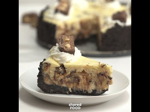 Snickers Caramel Chocolate Cheesecake