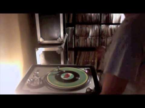 Bob Marley-Satisfy My Soul Jah Jah+vers mp3
