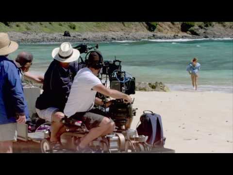 The Shallows: Blake Lively Behind the Scenes Movie Broll - Shark