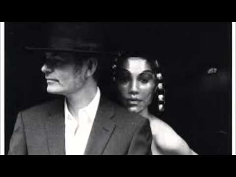 PJ Harvey & John Parish - London Astoria 2 - 11.11.96