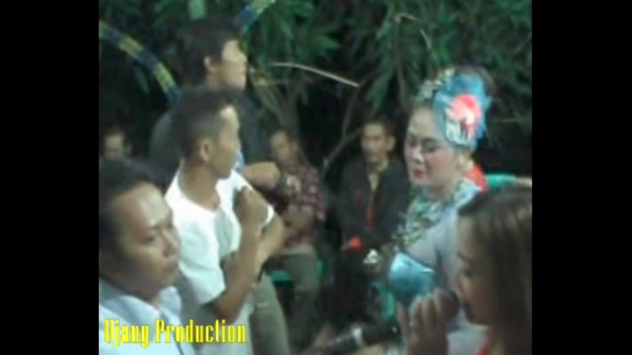 Jaipong Dangdut Zaenal - YouTube