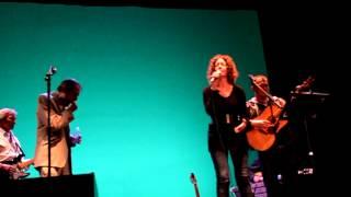 Pablo Guerrero - A cántaros (con Olga Román e Ismael Serrano)