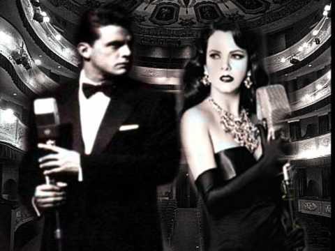 Luis Miguel and Edith Marquez. Tengo todo excepto a ti