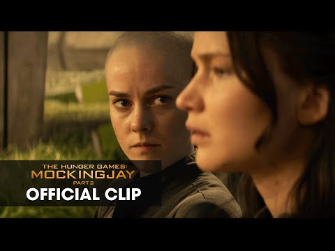 "The Hunger Games: Mockingjay Part 2 Official Clip – ""Old Friends"""