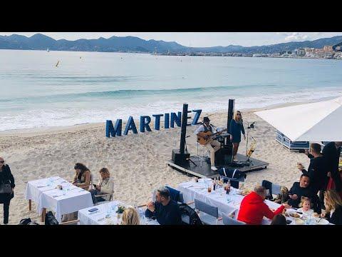 ABBY - DJ Chanteuse-saxophoniste VAR Musiciens Groupe de musique