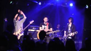 大好きなELLEGARDEのStupidという曲です。 福岡市内で活動しているAo (F...