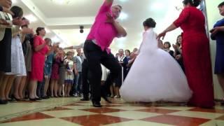 Лезгинка на свадьбе в Молдавии...