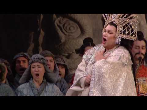Turandot - LUANA DeVOL - shock scene