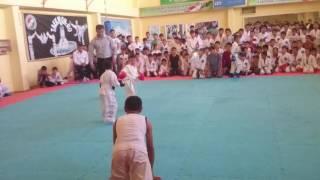 Таджик против Узбек