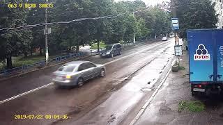 У Житомирі вантажівка пошкодила камеру системи «Безпечне місто»