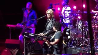 Hall & Oates - Private Eyes - TD Garden, Boston 6-24-2017