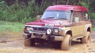 SEVERE FLOODS WITH THICK MUD 4X4 DRIVING. SRI LANKA HD VIDEO