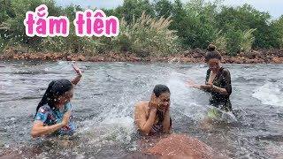 Thiếu Nữ Tắm Tiên Bên Suối Ở Campuchia - Em Gái Quê - Bến Tre