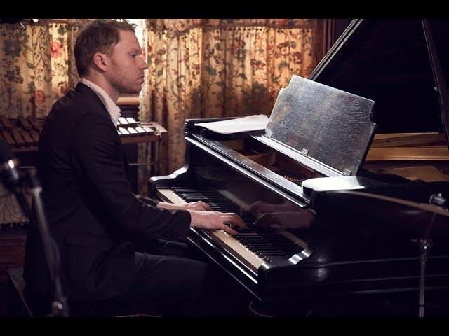 Stardust - Stringspace - Solo Piano