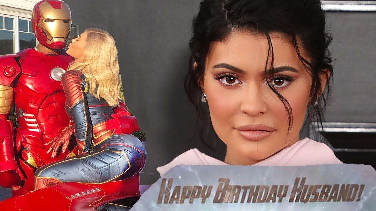 61a6784440d Kylie Jenner Reveals She's Married To Travis Scott With Avengers Endgame  Birthday Cake?