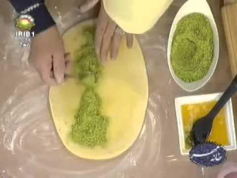 کیک شربتی خانم گل آور 07 10 2012 پری ناز گل آور نان برنجی قزوین | Doovi