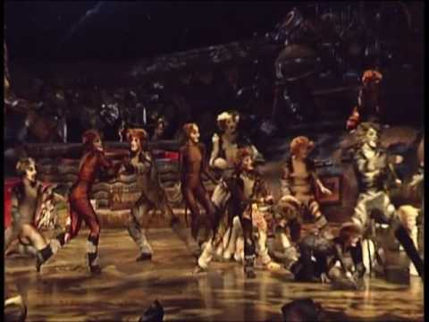 Old Deuteronomy, CATS musical, Moscow, 2005-2006. Oleg Fedkushov as Deuteronomy
