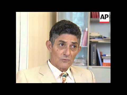 FRANCE: CUBAN DISSIDENT ACCUSES CASTRO OF CHE GUEVARA