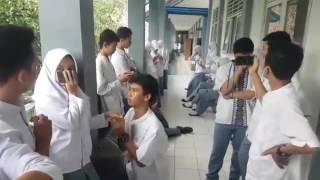 mannequin challenge kelas 12 IPS 1 2 3 (SMAN 1 Leuwiliang Bogor)