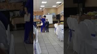 Михаил поздравил свою любимую няню(тетю) со свадьбой))