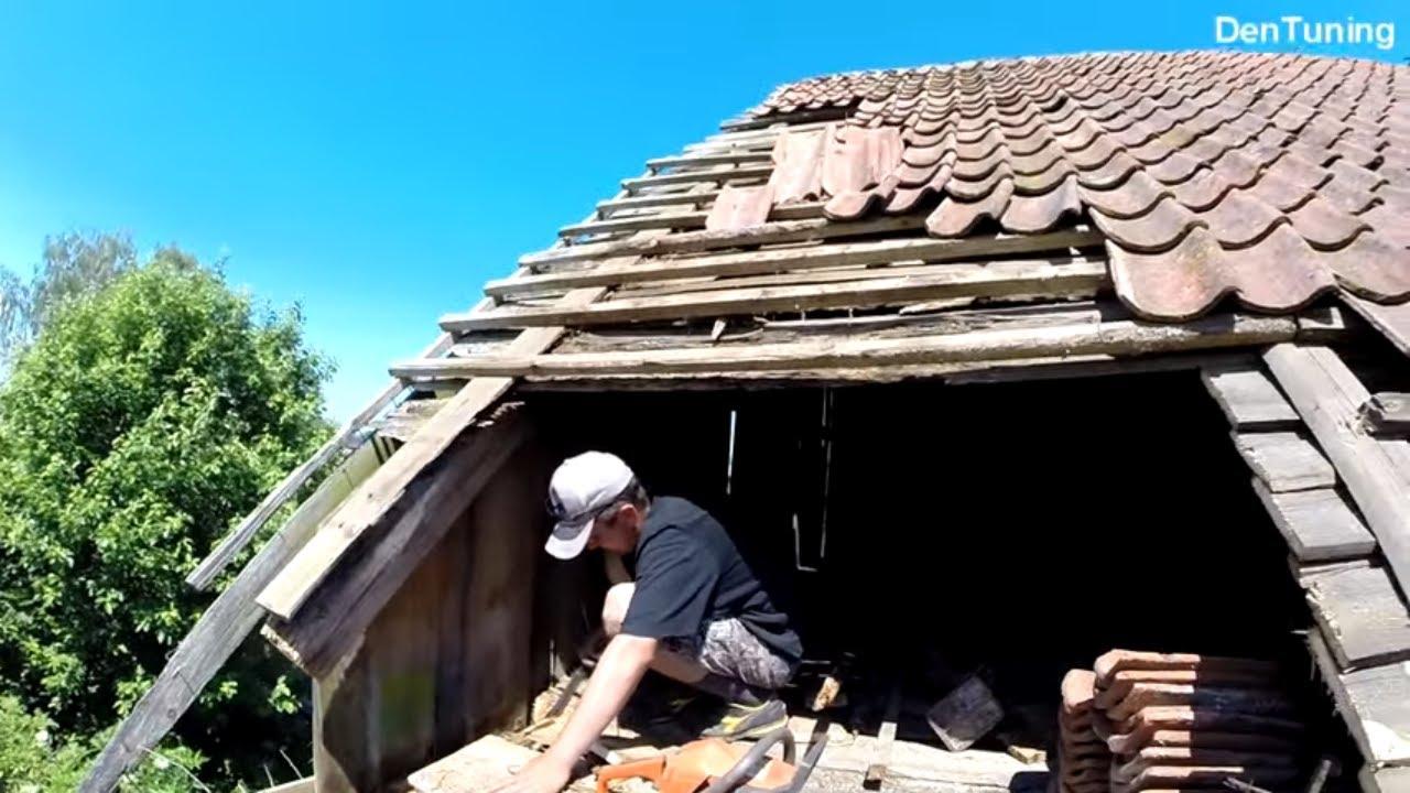 Восстанавливаем  немецкое здание часть 4. Ремонт крыши, замена обрешетки , перекладка черепицы
