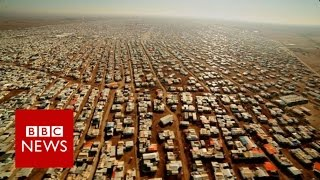 'No-man's land' between Syria & Jordan - BBC News