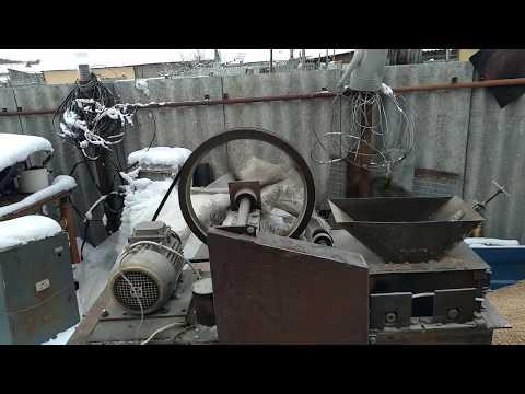 обзор плющилки зерна видео 1