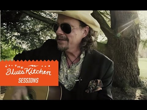 Ian Siegal - I Am The Train [The Blues Kitchen Sessions]