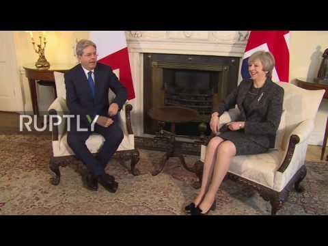 UK: Italian PM Gentiloni greeted by Theresa May at 10 Downing Street